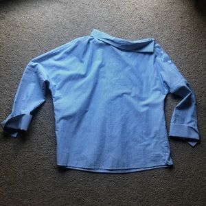 New, Zara shirt, off the shoulder size xsmall